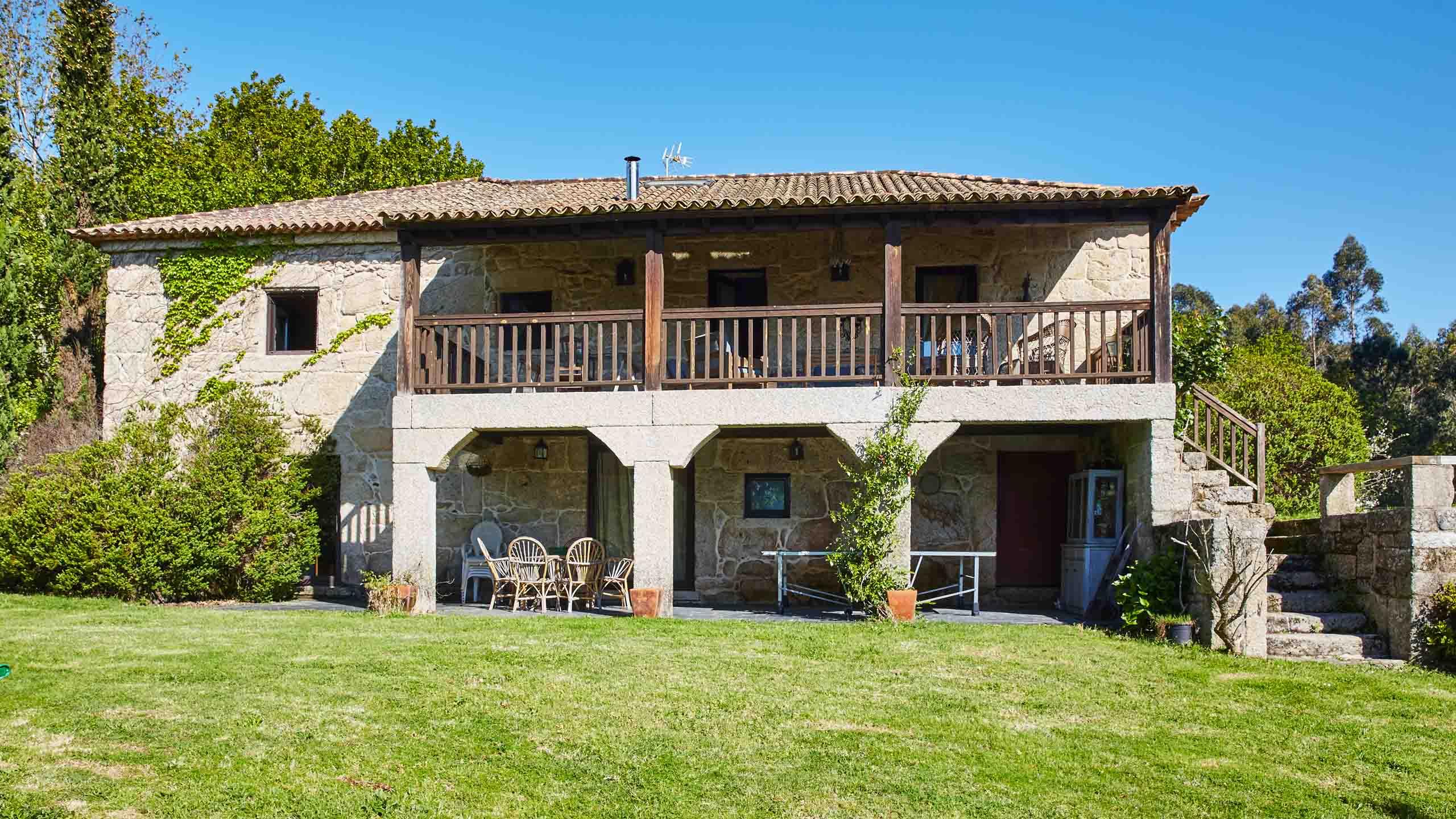 Casas gallegas de piedra gallery of casa de piedra a coruna with casas gallegas de piedra - Casas de piedra galicia ...
