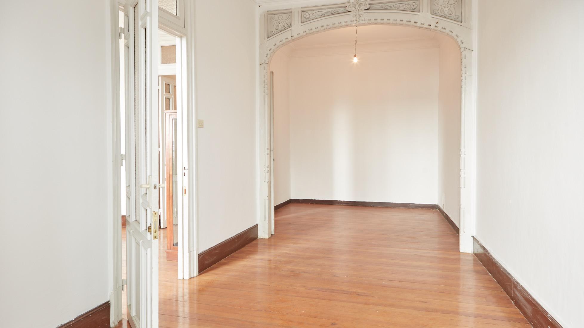 Singular piso para reformar en el centro de a coru a nique - Reformas pisos pequenos ...